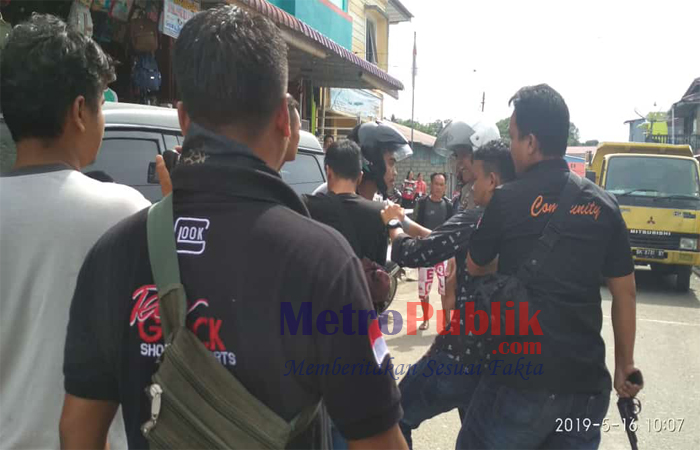 2 Anggota Kepolisian Terluka