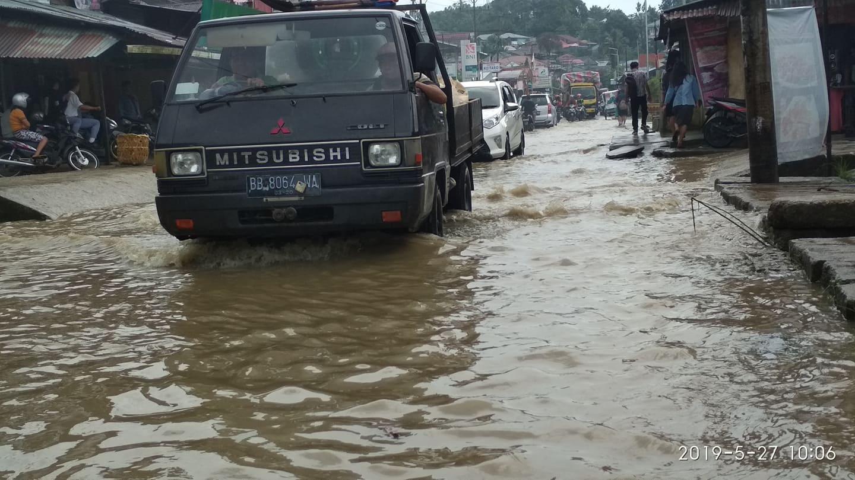 Kota Nias Selatan Kebanjiran
