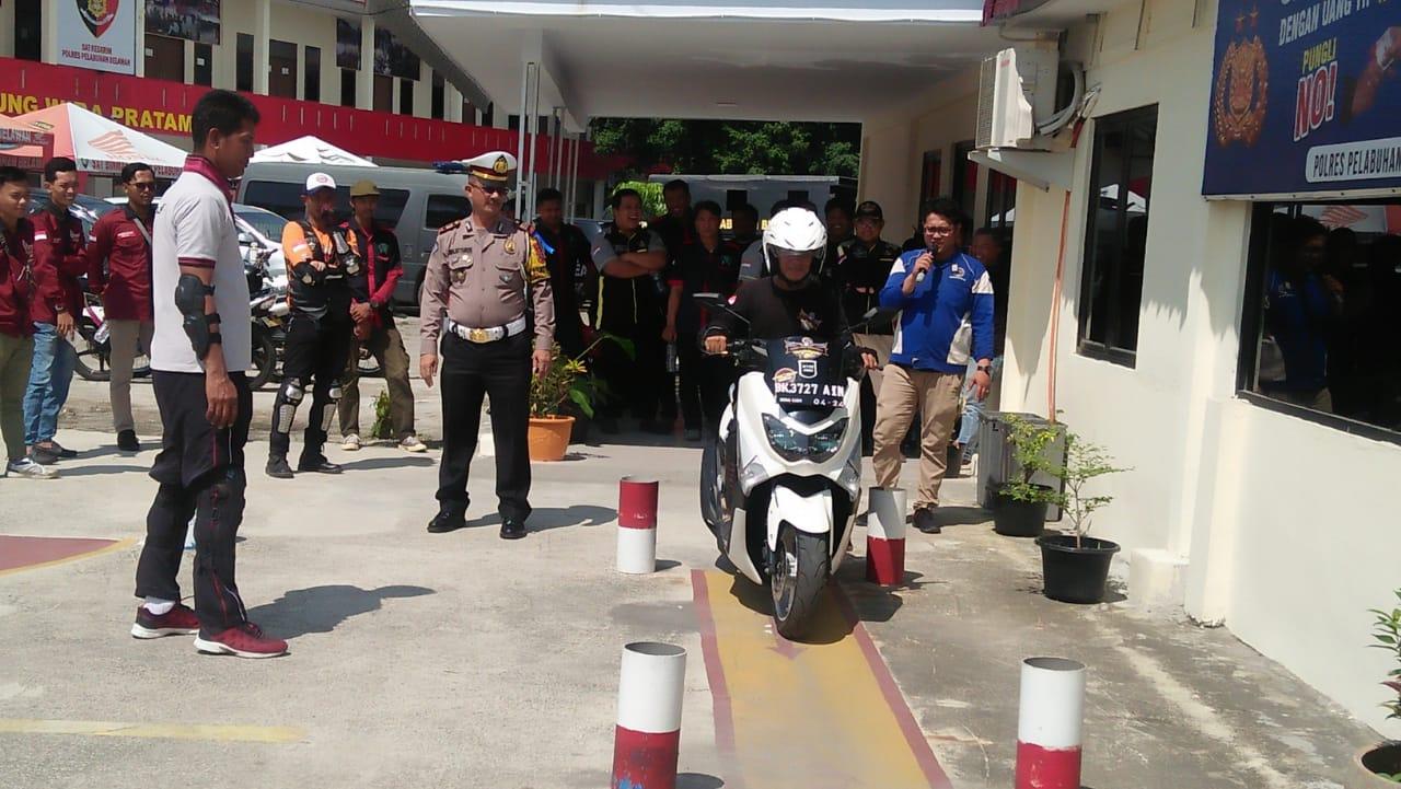Pecinta Motor Max Lakukan Safety Riding