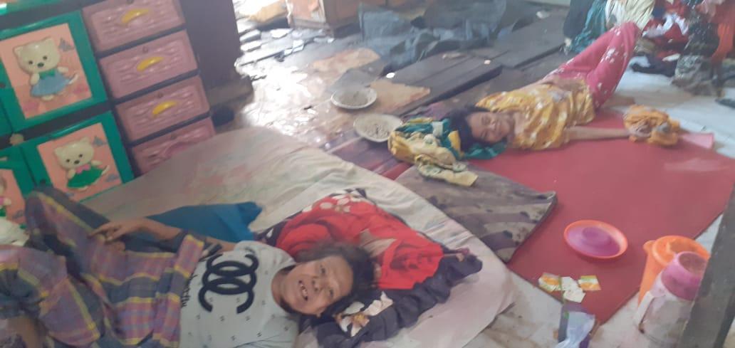 Sepuluh Tahun Lumpuh, Ibu dan Anak Ini Butuh Uluran Tangan Para Dermawan