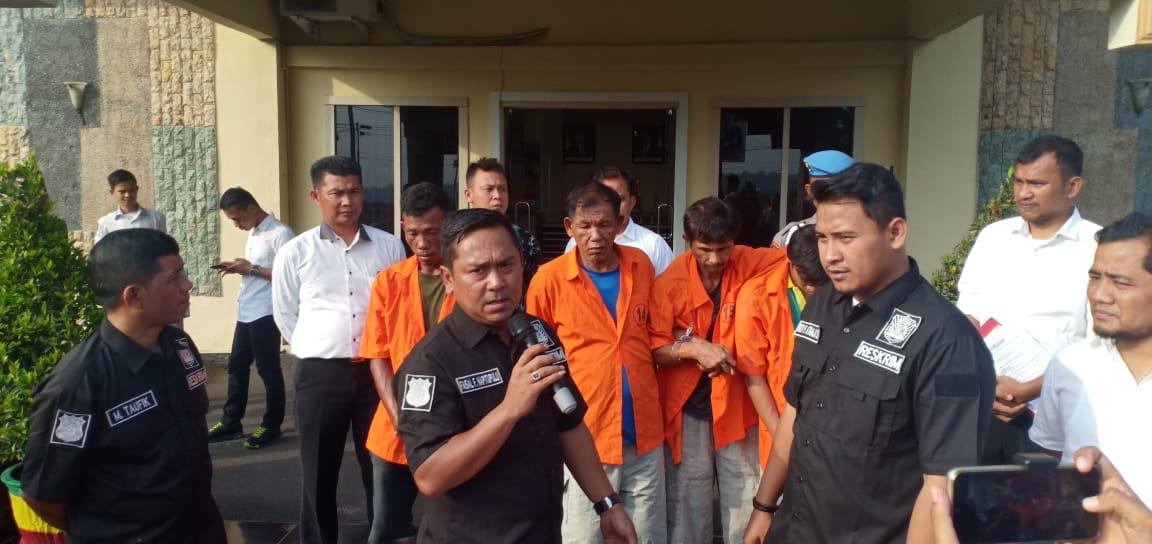 Polisi Tembak 3 Pelaku Perampok Truk Tangki CPO