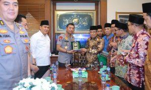 Kapolri Silaturahmi Dengan Ketua Umum PBNU