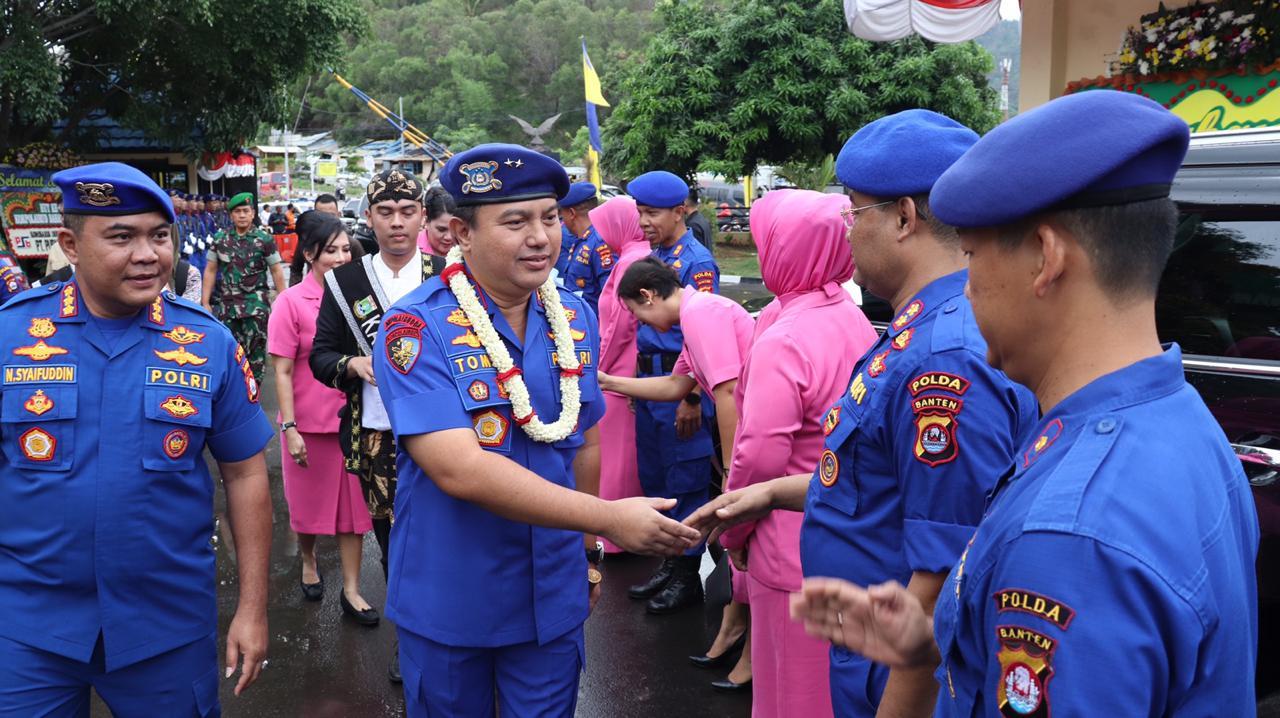 Hadiri HUT Korps Polairud, Kapolda Banten Disambut Jajar Kehormatan