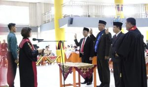 Ketua dan Wakil Ketua DPRD Nias Utara Resmi Dilantik