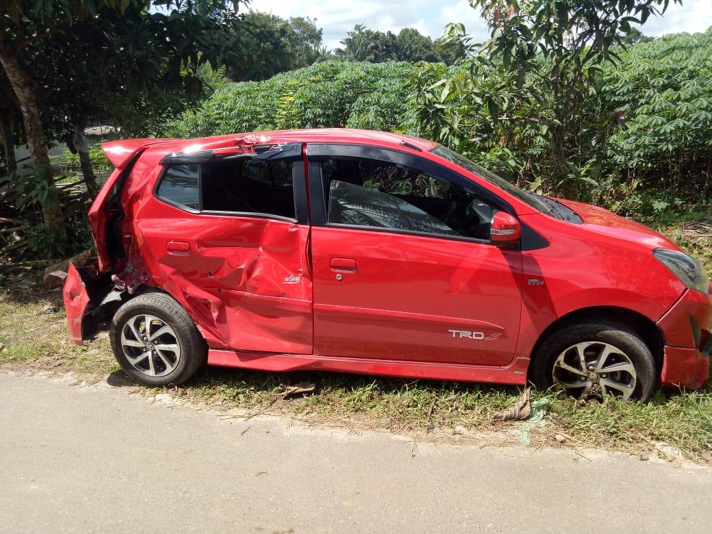 Mobil Agya Dihantam Kereta Api Sri Bilah, Dua Orang Luka