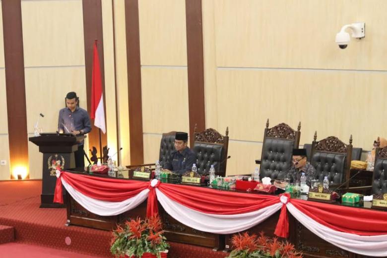 Sekda Hadiri Pemandangan Umum Fraksi-Fraksi DPRD Kota Medan