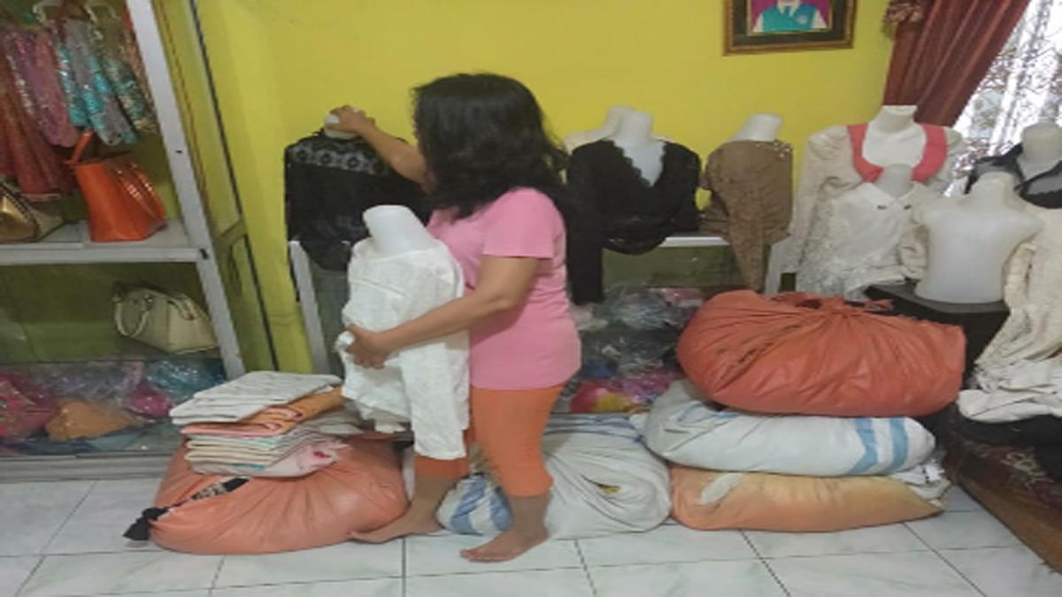 Sejumlah Pedagang Pakaian di Kisaran Mengeluh