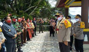 Disambut Hangat Tiba di Samosir