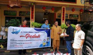 Kombes Pol Monang Bagikan Sembako