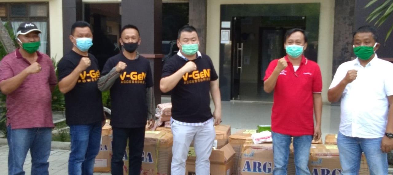 Terima Bantuan APD dari V-GeN Assoseries