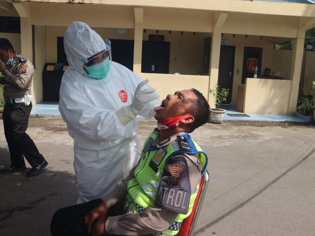 100 Personel Polres Serdang Bedagai Lakukan Swab Test