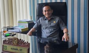 DPRD Medan Sudari ST