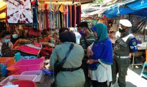 Pemko Medan Gencar Lakukan Razia Masker di Pasar Beruang