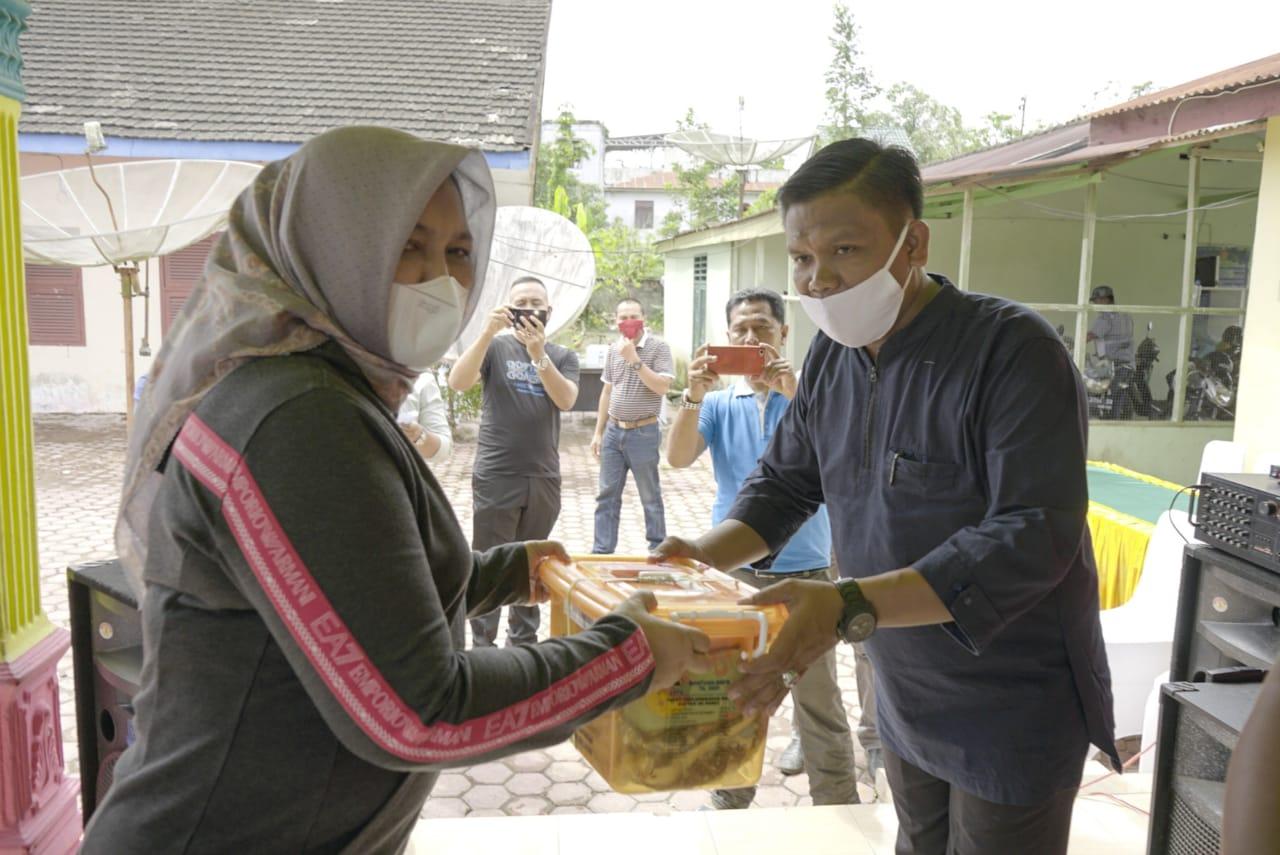 Ketua TP PKK Provsu Berikan Bantuan kepada Korban Banjir di Asahan