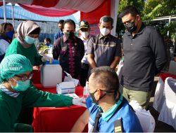Wali Kota Medan Tinjau Pelaksanaan Vaksinasi Covid-19 Untuk Pengguna Angkutan di Terminal Amplas