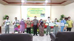 PT PHPO Salurkan Beasiswa Kepada Pelajar Berprestasi