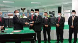 Serah Terima Jabatan Bupati Nias Dilaksanakan di Ruang Rapat DPRD