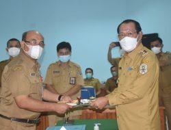 Wakil Bupati Nias Sampaikan Arahan Pada Serahterima Jabatan Sekwan