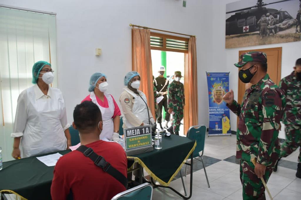 Pangdam I/BB : Nakes Vaksinasi adalah Pahlawan Kesehatan Bangsa
