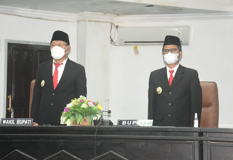 Bupati & Wakil Bupati Ikuti Rapat Paripurna DPRD Nias Mendengarkan Pidato Kenegaraan Presiden RI