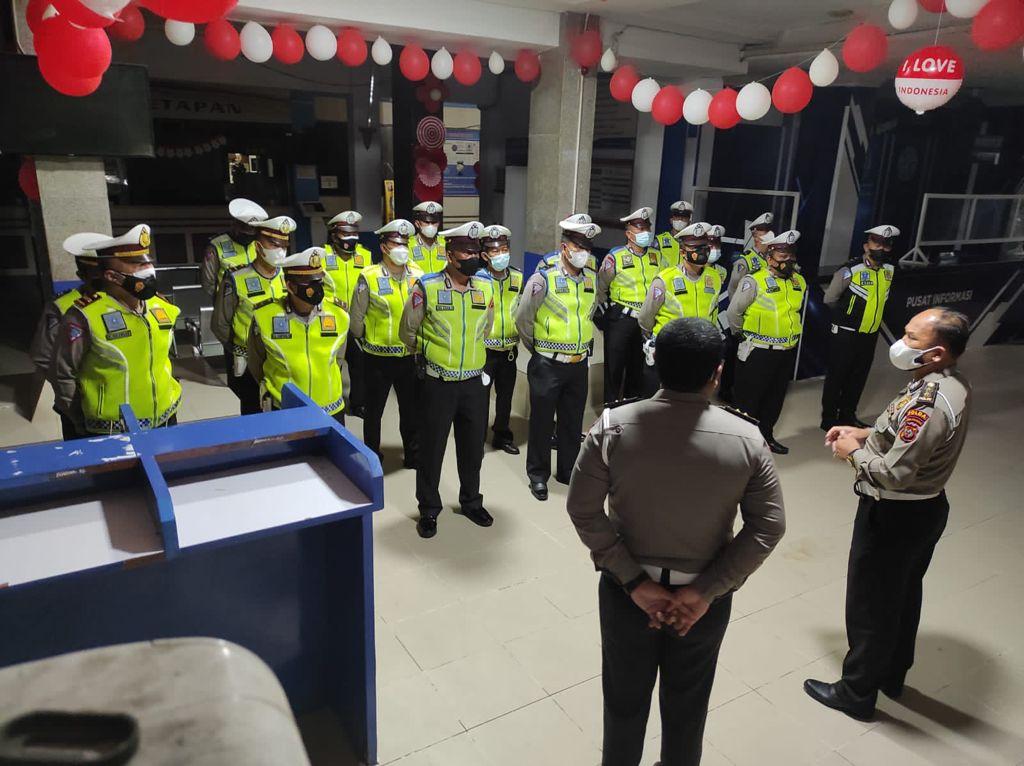 PPKM Naik Menjadi Level 4, 25 Personil Ditlantas Polda BKO ke Polres Siantar