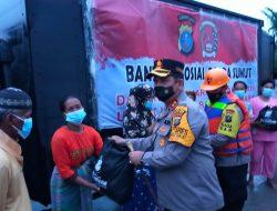 Kapolres Batubara Serahkan Bantuan dari Kapoldasu kepada Warga Korban Banjir