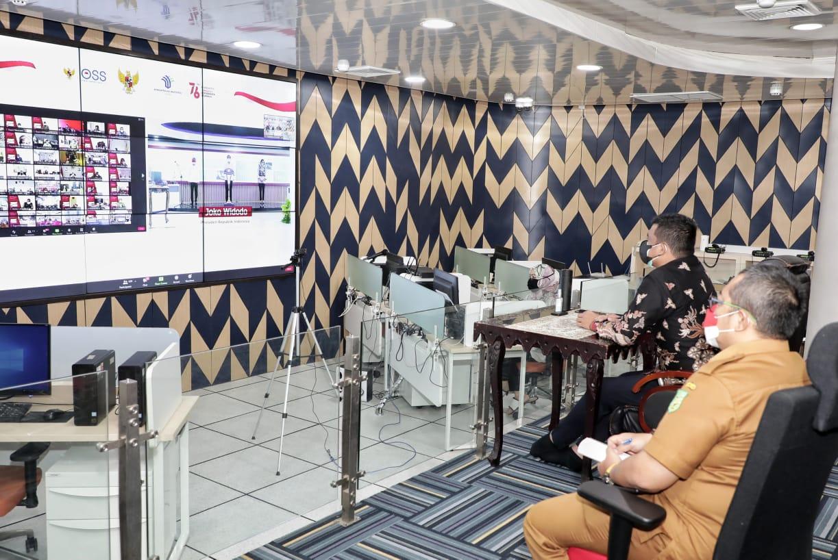 Wali Kota Medan saksikan Peresmian Peluncuran Sistem OSS Berbasis Risiko