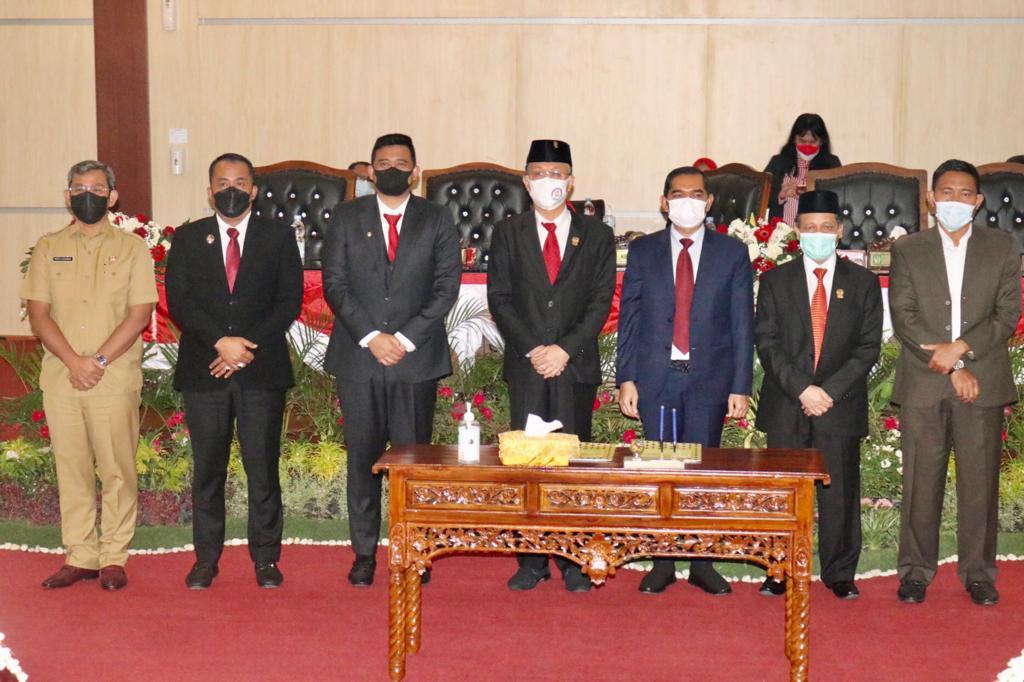 Penandatangan Nota Kesepakatn KUA-PPAS P.APBD Kota Medan TA 2021