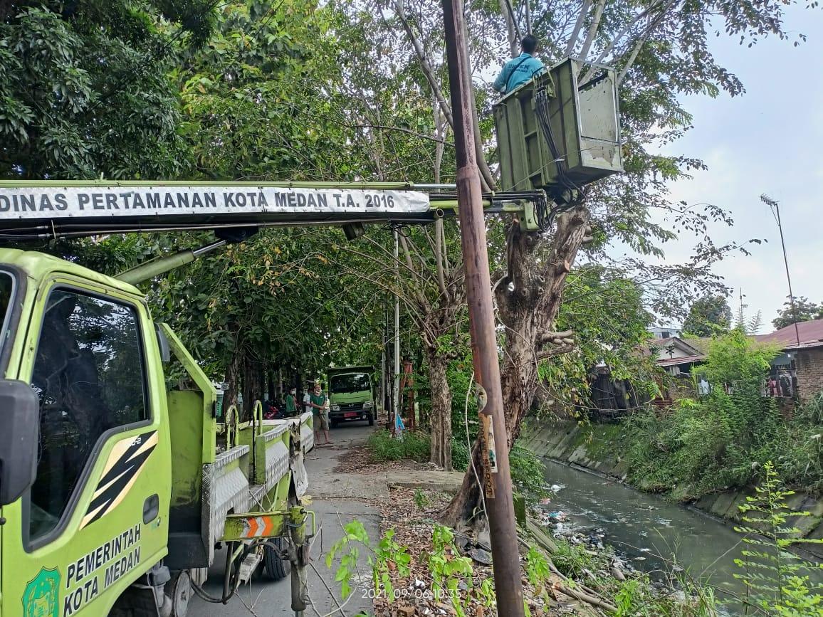 Antonius Tumanggor Kembali Realisasikan Permintaan Warga Jalan Danau Batur/Speksi