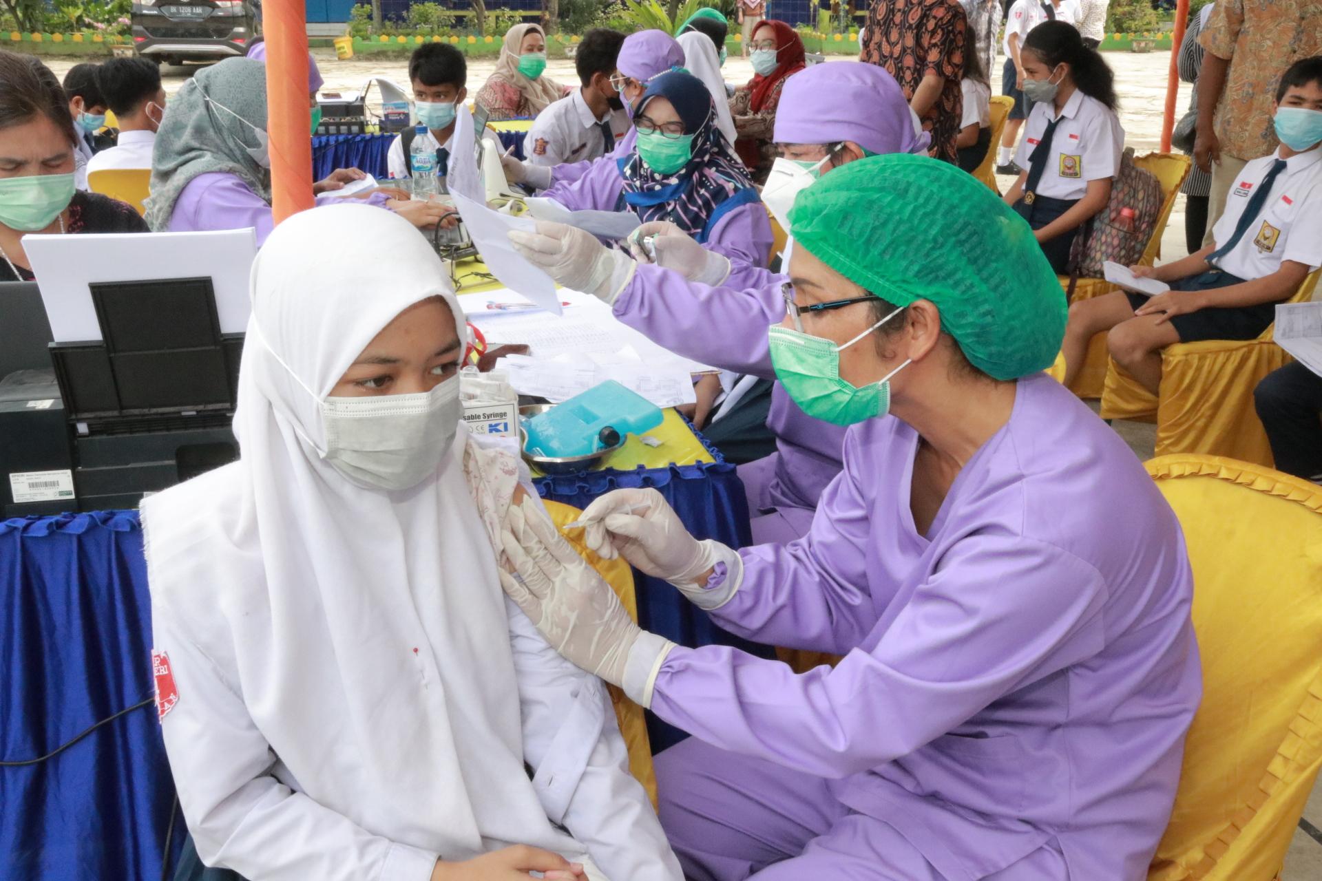 Vaksinasi di Kota Medan Lampaui Target Nasional