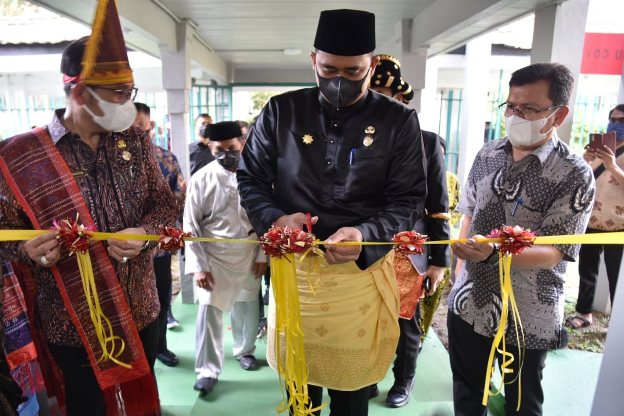 Wali Kota Medan Resmikan Ruangan ICU Khusus Covid-19