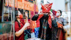 Berkat Kebijakan Baju Adat, Pelaku UMKM di Medan Terbantu