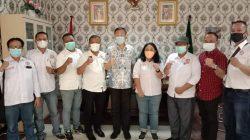 Ketua DPRD Medan foto bersama dengan DPC Pospera Kota Medan. (Foto : Istimewa)